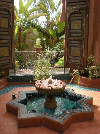 Riad Mazal: prima fontanella