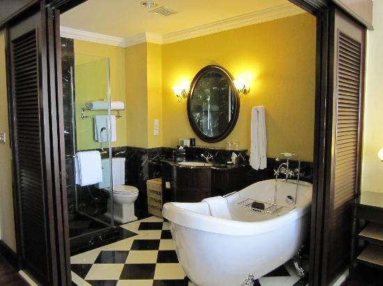 The Majestic Malacca: Bathroom