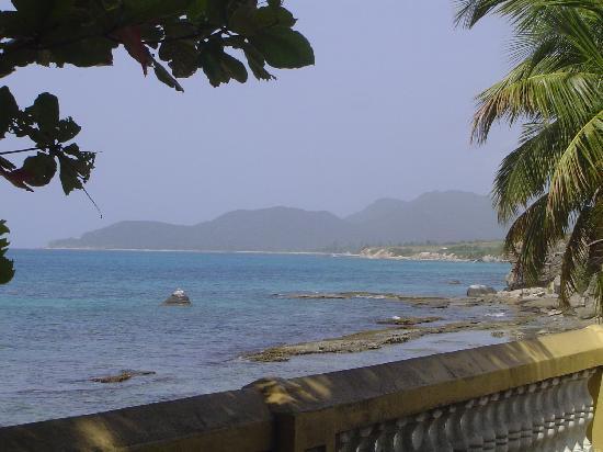 Villa Coral Guesthouse: Views from El malecon - Esperanza
