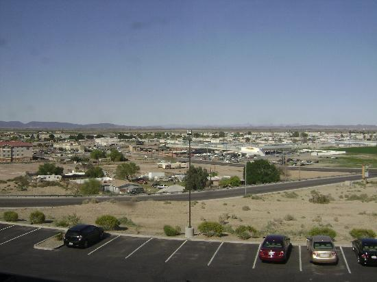Holiday Inn Yuma: View from hotel window