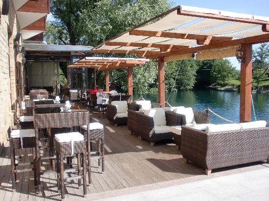 Hotel Opal Exclusive: Mooi gelegen terras aan de Una