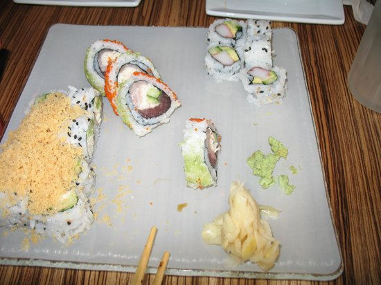 Miso Lounge : sushi is half way finished