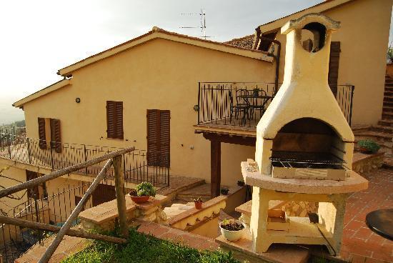 Tetti di Trevi: Villa Azzurra