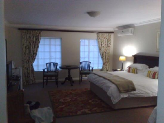 Bryan Manor Guest House: Yet another room picture