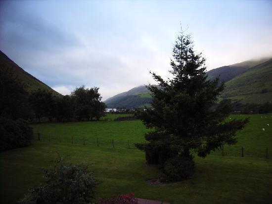Dolffanog Fawr: Room 4 View Toward Talyllyn Lake