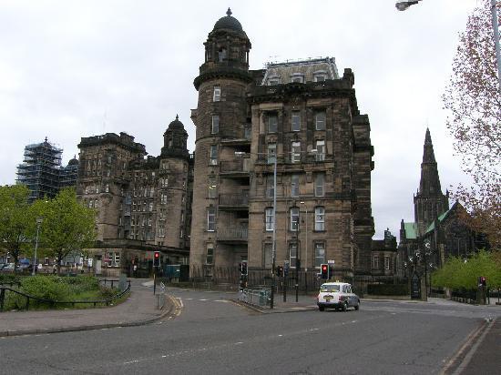 Glasgow, UK: royal infirmary