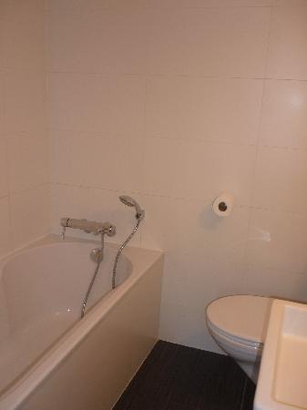 Walwyck Hotel Brugge: La salle de bain