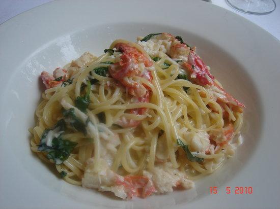 Da Mario : Linguine with crab