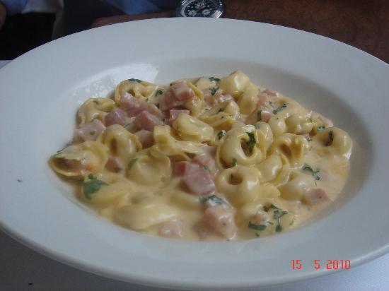 Da Mario: Ravioli with porc