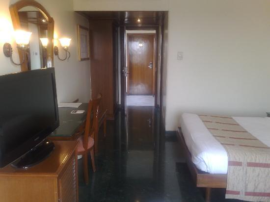 Shirdi, India: pool facing room