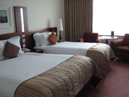 Shearwater Hotel : bedroom