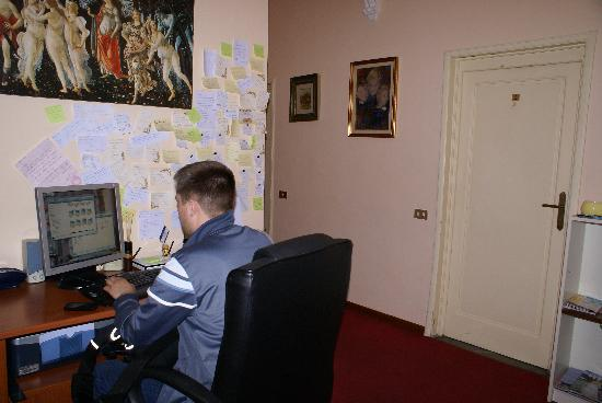 Franz House: free internet