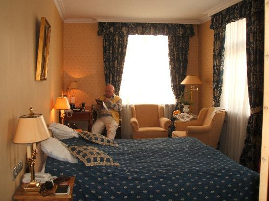 Podewils Hotel: Our cosy room
