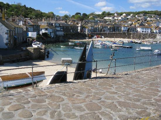 Penzance, UK: Mousehole Harbour