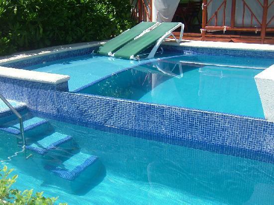 El Dorado Casitas Royale by Karisma: Infinity Swimup Casita in Block 31.
