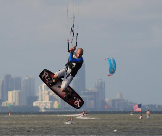 Coral Gables, FL: Avid Kitesurfers enjoy the wind.