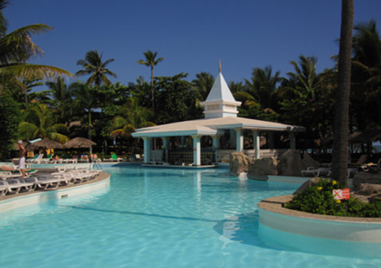 ClubHotel Riu Merengue: Bachata pool
