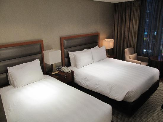 Lotte City Hotel Mapo: our big room - worth the extra money