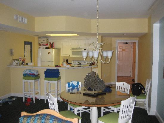 Holiday Inn Club Vacations South Beach Resort: Kitchen