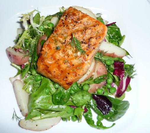 4th Street Bistro: Salmon