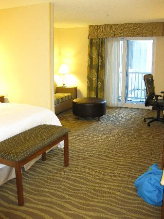 Hampton Inn & Suites Jekyll Island: Large King Suite with Balcony on 3rd Floor