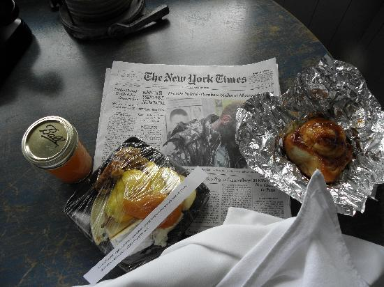 Manka's Inverness Lodge: breakfast