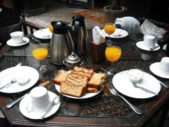 Dar Abiad: desayuno