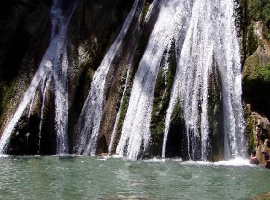 The Claridges Nabha Residence, Mussoorie: kamity fall