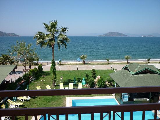 Ceren Hotel: Blick vom Balkon aufs Meer