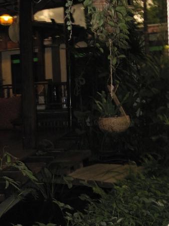 Pak Chiang Mai: Dusk in the relaxation zone