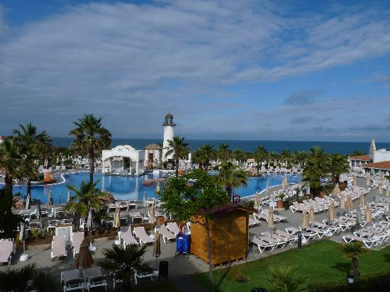 Hotel Riu Chiclana: piscine et océan