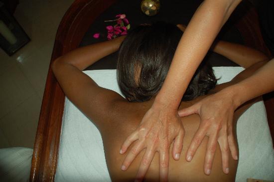 Massage du Monde: 2
