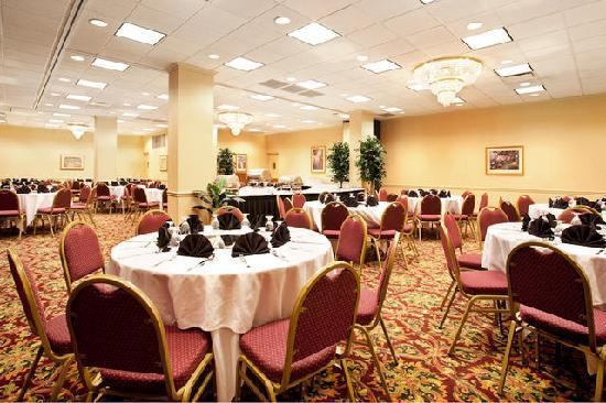 Holiday Inn Chicago Downtown: Meeting & Banquet Rooms Available for upto 150 people