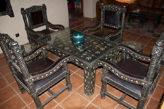 Kasbah Hotel Chergui: amazing furniture