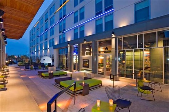 Aloft Portland Hotel Photo