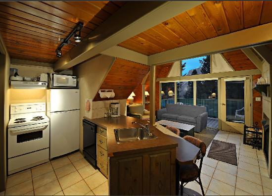 Douglas Fir Resort & Chalets: A-Frame Chalet - 2 bedroom