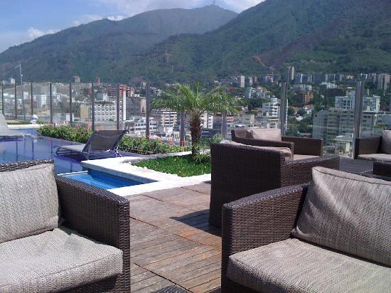 Pestana Caracas Premiun City & Conference Hotel: Roof Top Pool/Bar