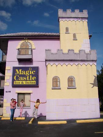 Magic Castle Inn and Suites: Simple and affordable