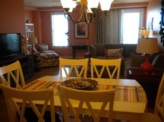 Sanctuary Realty at False Cape: Great room