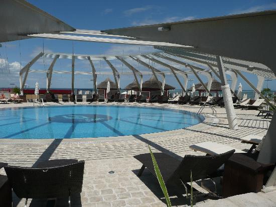 pool Vega hotel