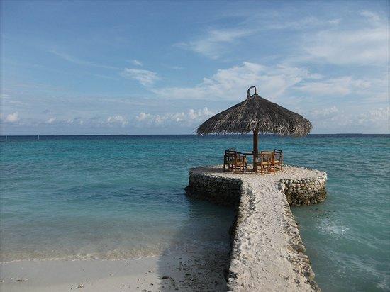 Filitheyo Island Resort: Best seats in the bar