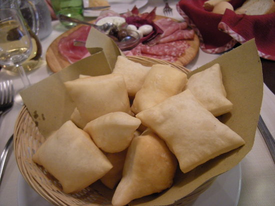 Ristorante Ca' d'Frara : Pinzini with cold cuts
