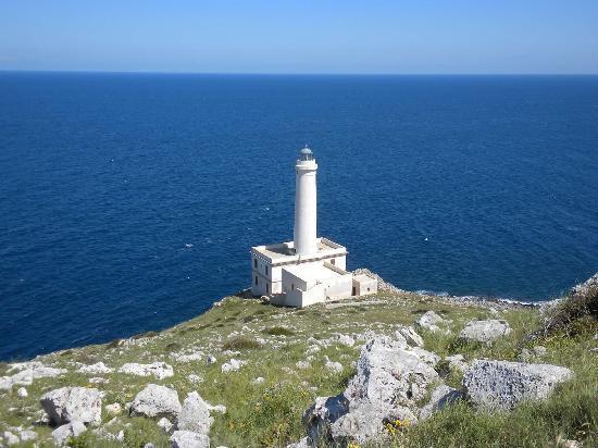 Otranto, Italie : Il faro della Palacia, vedetta sull'oriente