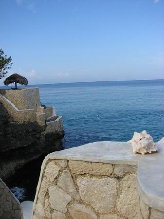 岩洞飯店照片
