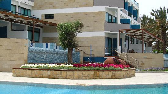 Constantinou Bros Asimina Suites Hotel: By Pool