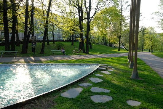 Hesperia Park