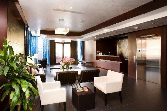 The Ridge Hotel: HEH Lobby 2