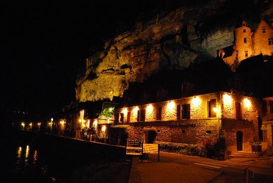 La Roque-Gageac, France: Nightime in La Roque Gageac