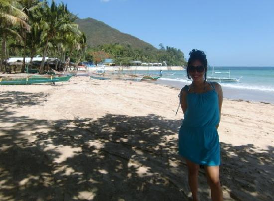 Puerto Princesa Underground River: Sabang Beach. before lunch
