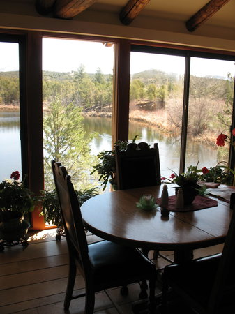 Abode at Willowtail Springs: Dining room view